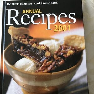 Better Homes & Garden 2001 Annual recipes Cookbook